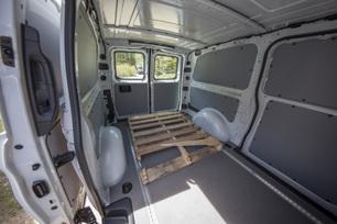 my2016-mercedes-benz-metris-cargo-van-6