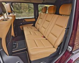 2013-mercedes-benz-g550-54