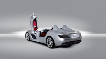 Mercedes-Benz-SLR-Stirling-Moss-8