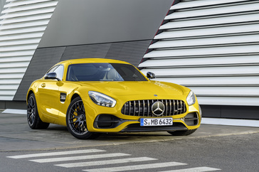 2018-mercedes-amg-gt-s-coupe