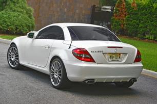 2010-mercedes-benz-slk300-diamond-white-edition-30