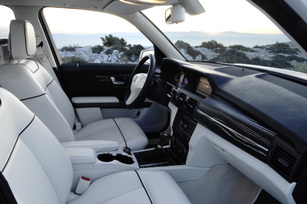 Mercedes-Benz-Vision-GLK-9
