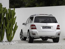 Mercedes-Benz-Vision-GLK-4