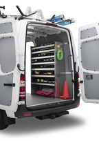 the-metris-worker-cargo-van-2