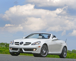 2010-mercedes-benz-slk300-diamond-white-edition-1