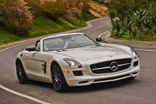 sls-gt-roadster-designo-mystic-white-73