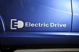 2014-b-class-electric-drive-65
