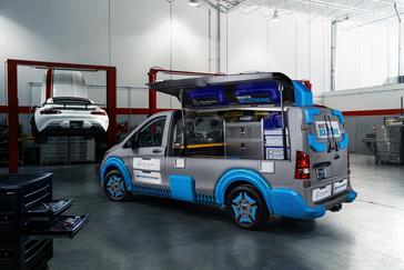 Mercedes-Benz Metris MasterSolutions Toolbox Concept Showvan