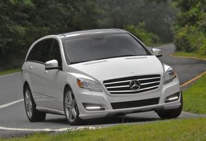 2011-Mercedes-Benz-R350-4MATIC-48