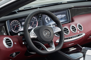 the-mercedes-amg-s63-4matic-cabriolet-edition-130-9